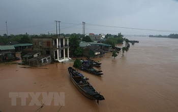 american veterans raise funds for post flood relief in vietnam