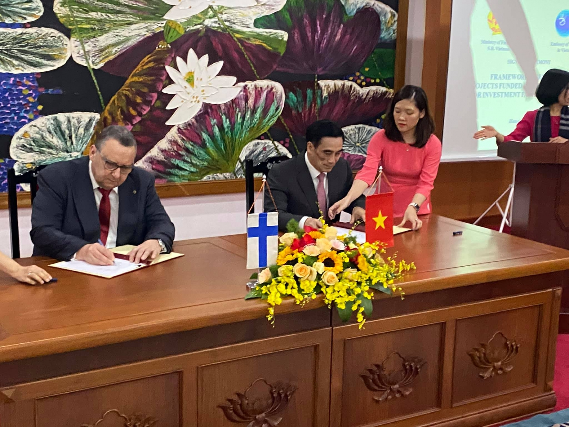 100 million USD provided by Finland for public sector investment in Vietnam