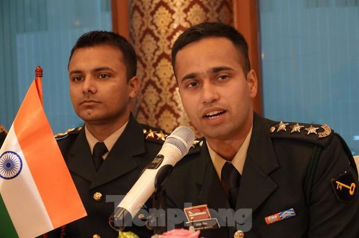 vietnamese indian young officers bolster exchange
