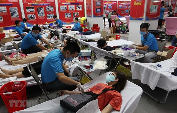 hcm citys youths donate blood amid coronavirus outbreak