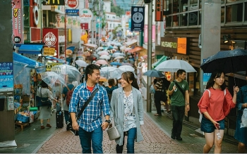 Vietnam ranks second in number of foreigners staying in RoK