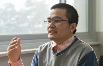 Dr. Dinh Ngoc Thanh: From computer-illiterate man to technology lecturer at Korea University