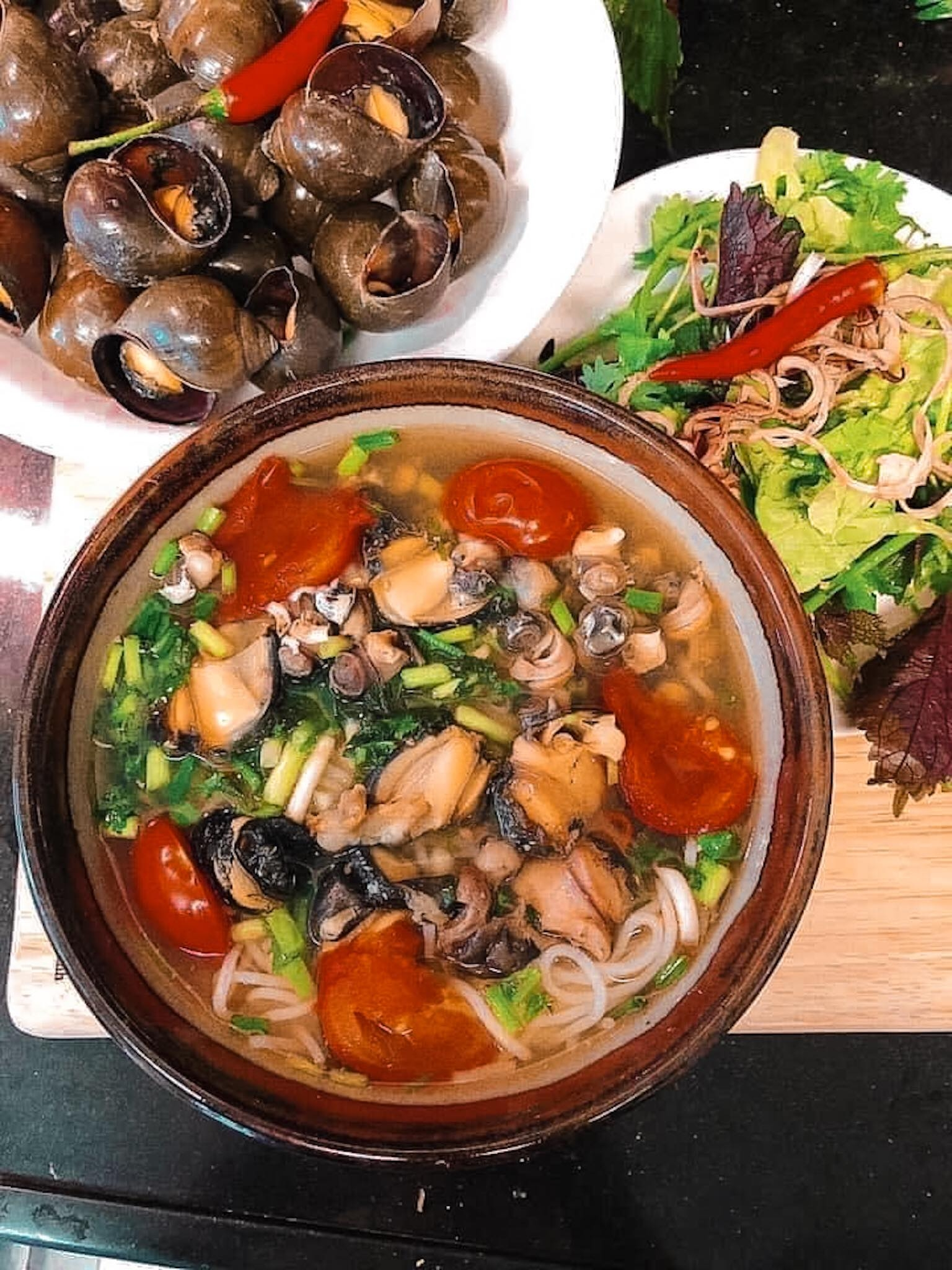 Try a bowl of hanoi snail rice noodle