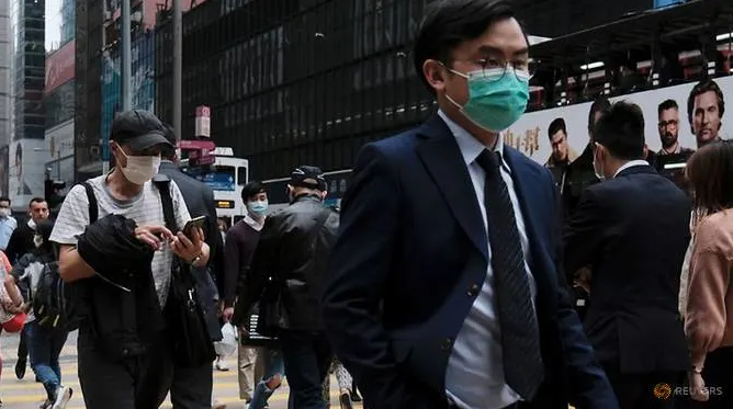 global death toll from coronavirus rises as china cases fall airports to increase screenings
