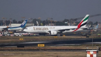 Emirates airline asks staff to take one month unpaid leave amid COVID-19