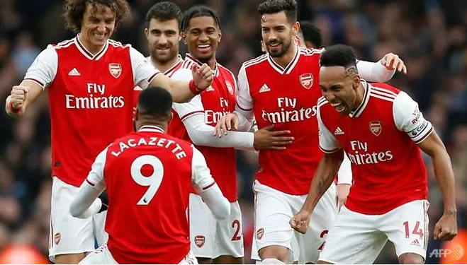 Coronavirus: Arsenal players in self-isolation as Man City match postponed