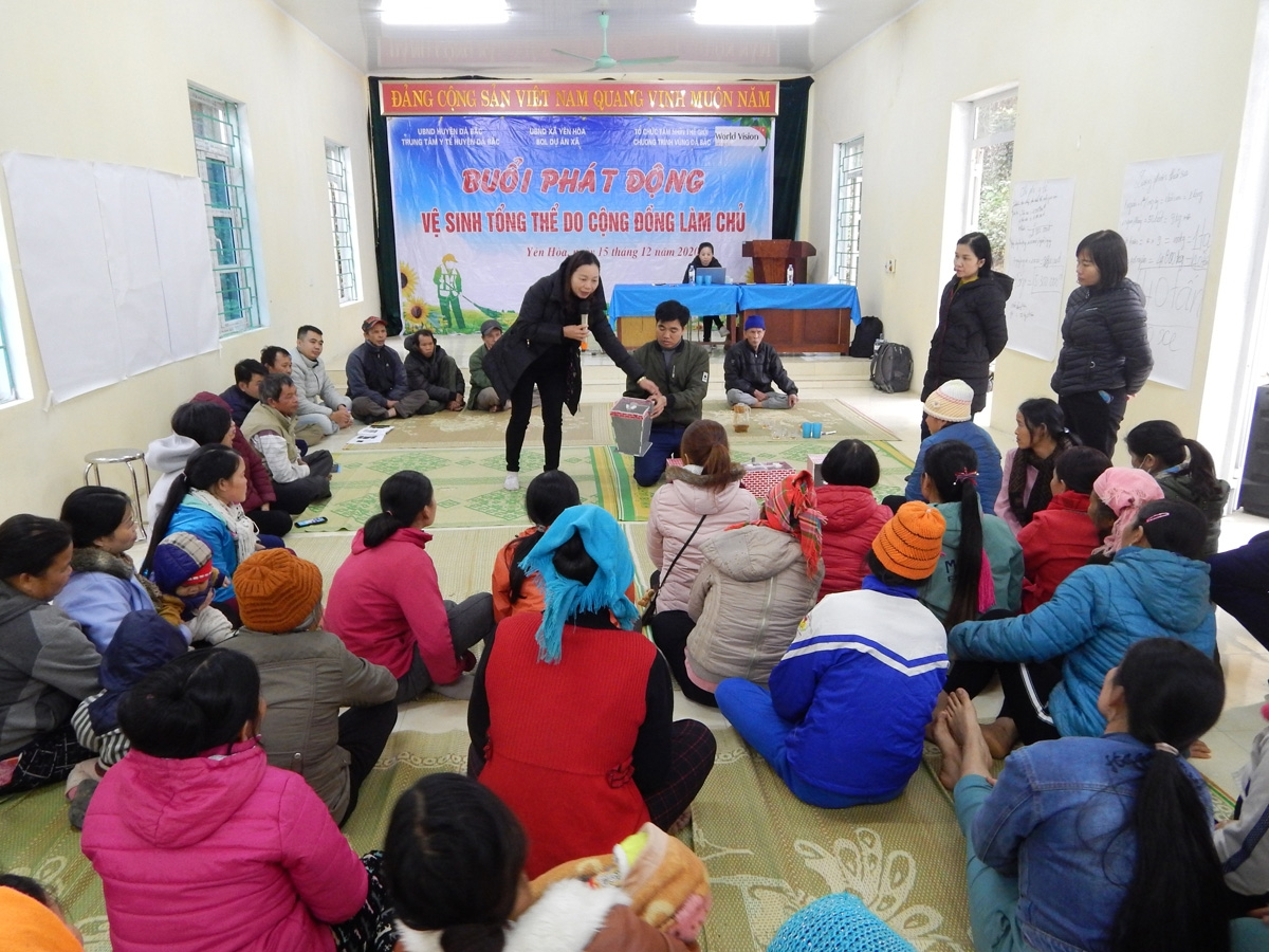 Community Led Total Sanitation Program launched in two Hoa Binh's communes