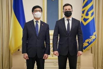 ukrainian president thanks vietnam for supporting ukraine amid covid 19