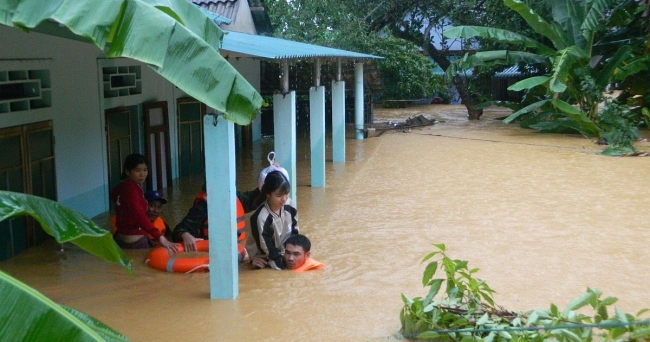 World Vision delivers food packages for flood-damaged central Vietnam