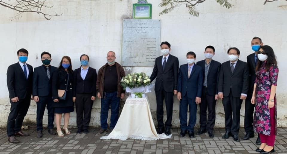 Vietnamese embassy commemorates fallen algerian journalists