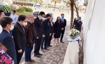 vietnamese embassy pays tribute to 15 fallen algerian journalists