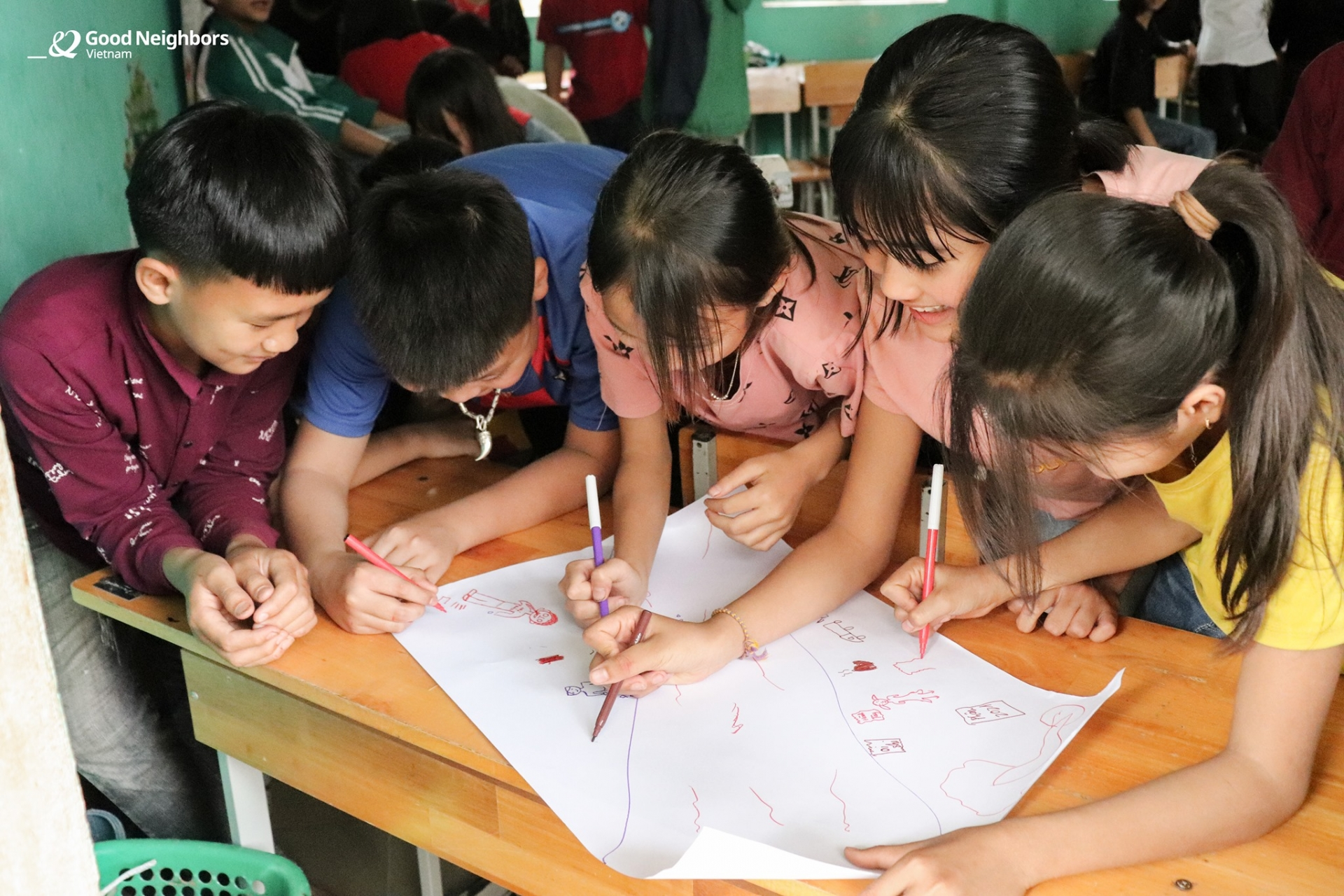 Good Neighbors organizes training classes on environment protection for children in Hoa Binh