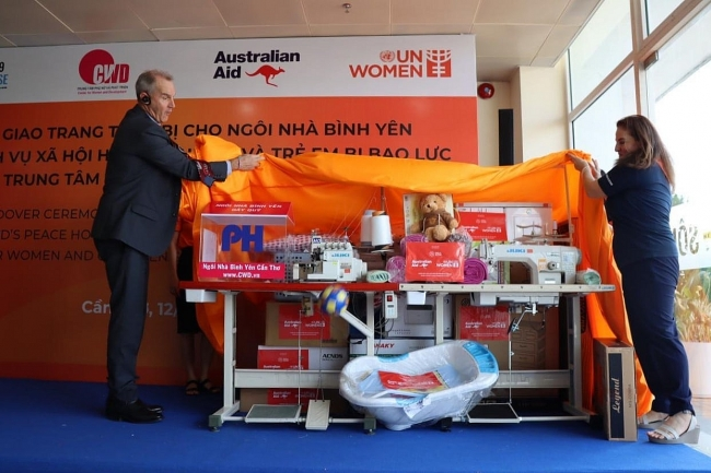Essential equipment and facilities handed over to women