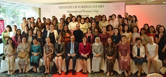 Female diplomats, representatives of international organisations, ambassadors' spouses gather