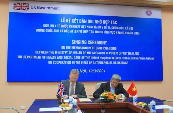 UK helping Vietnam fight against drug resistance