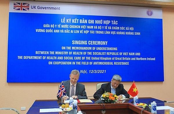 UK helps Vietnam fight against drug resistance