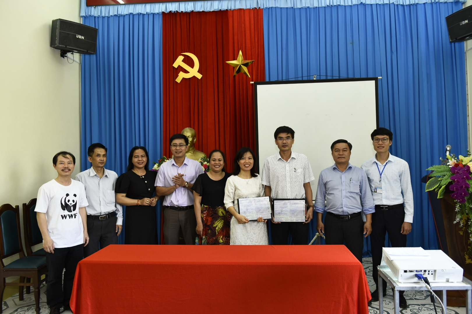 First mountainous district of Vietnam committed to participate in Plastic Smart Cities