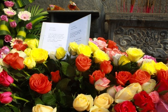 US veteran sends roses to commemorate victims of Son My massacre