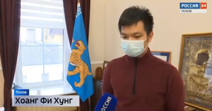 Vietnamese student thanked for saving two children fell into icy river in russia