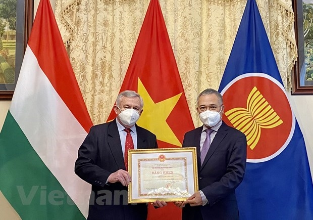 Hungary Vietnam Friendship Association honoured for active contributions to bilateral friendship
