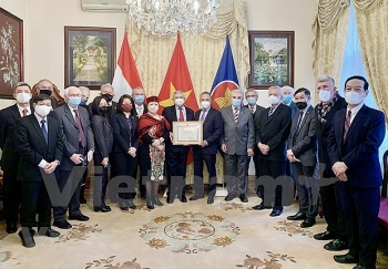 hungary vietnam friendship association honoured for active contributions to bilateral ties