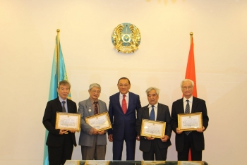 vietnamese translators awarded certificates of merit from kazakhstan ministry