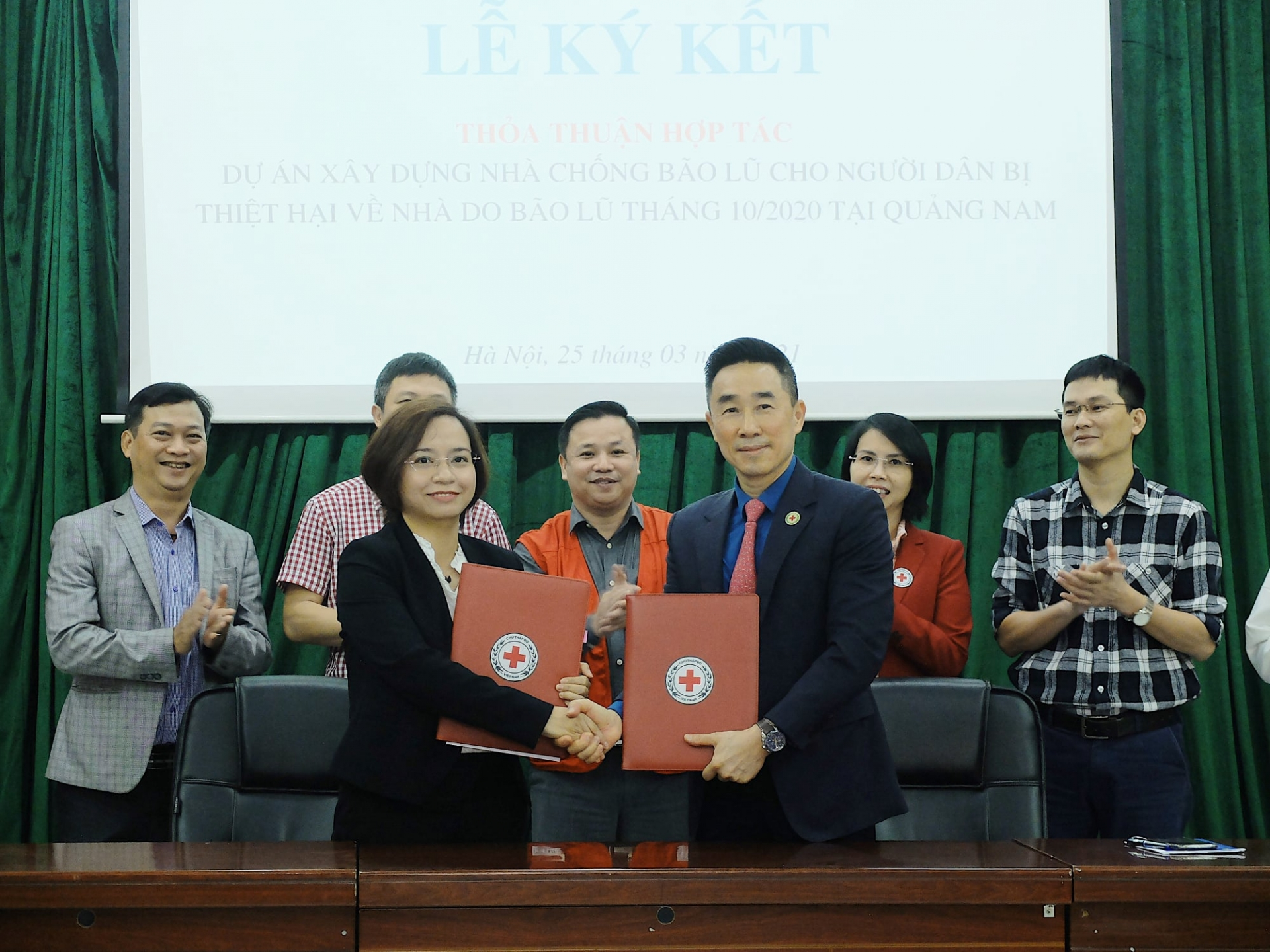 Climate resilient houses for poor locals in Vietnam's coastal province