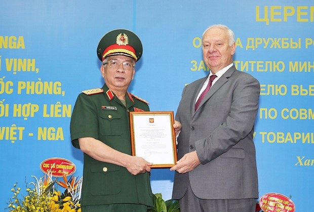 Order of friendship russia bestowed upon vietnamese diplomat, military officials