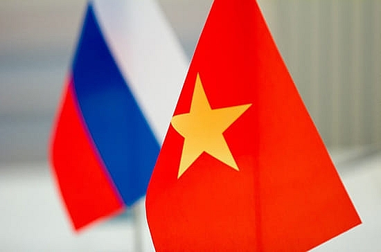 Order of Friendship of Russia bestowed upon Vietnamese diplomat, military officials