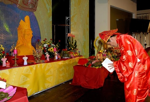 vietnamese in venezuela czech republic hold ceremonies in honour of hung kings