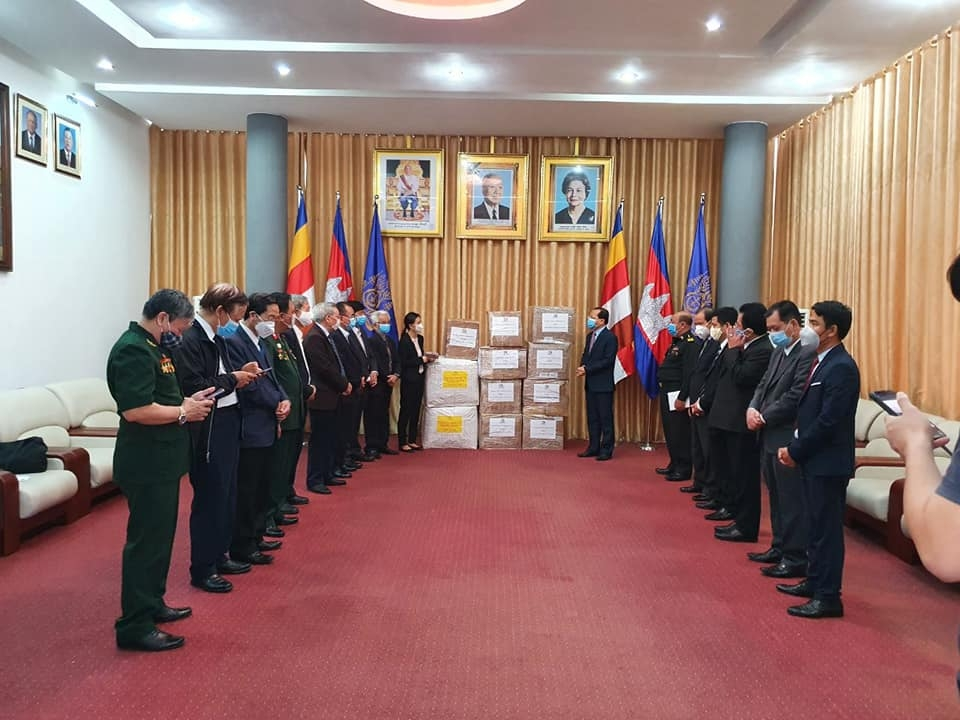 friendship association gives cambodia medical supplies to fight covid 19