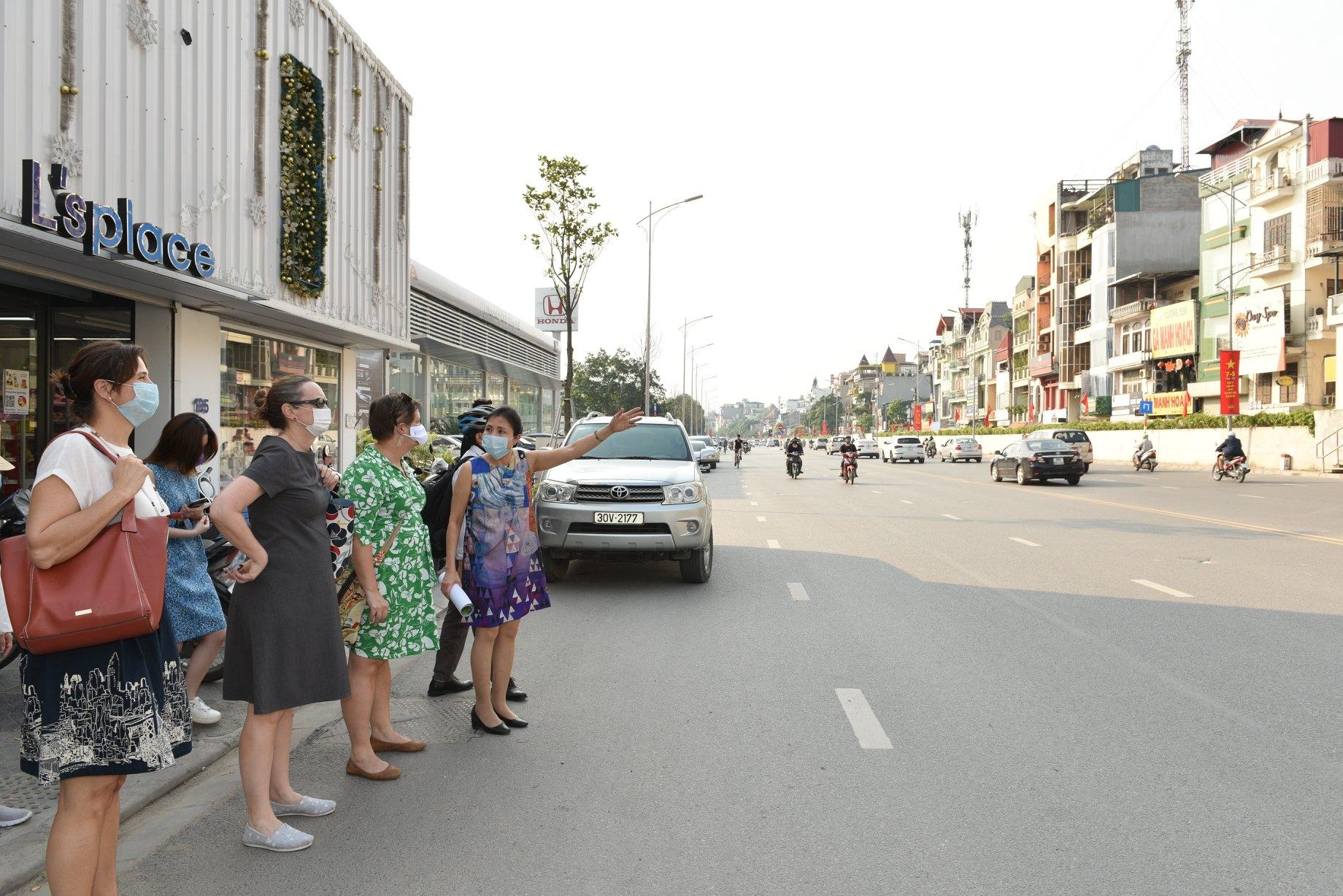 ceramic mosaic mural marks 25th anniversary of vietnam us diplomatic ties