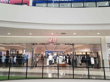 Close-up photos: H&M stores in Vietnam after wave of boycott calls