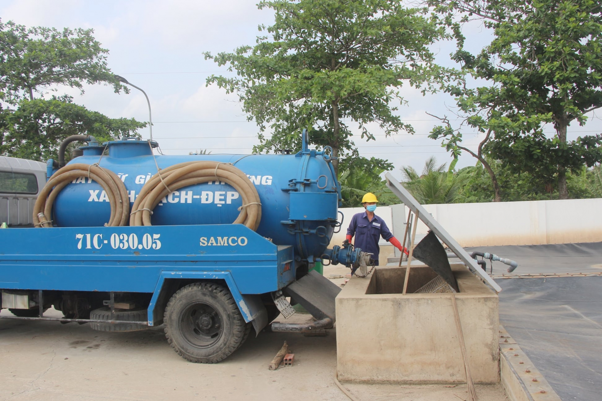 First fecal sludge treatment plant handed over to Ben Tre city
