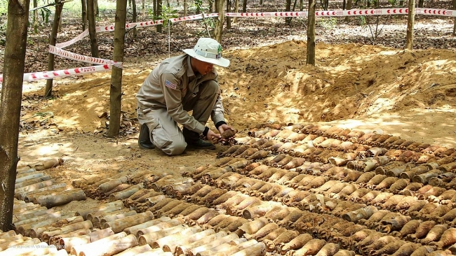 A large number of UXOs found in Quang Tri