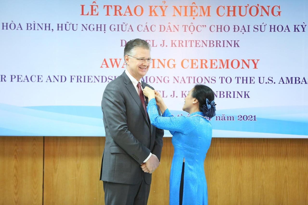 """Ambassador Daniel Kritenbrink is People's Ambassador"""