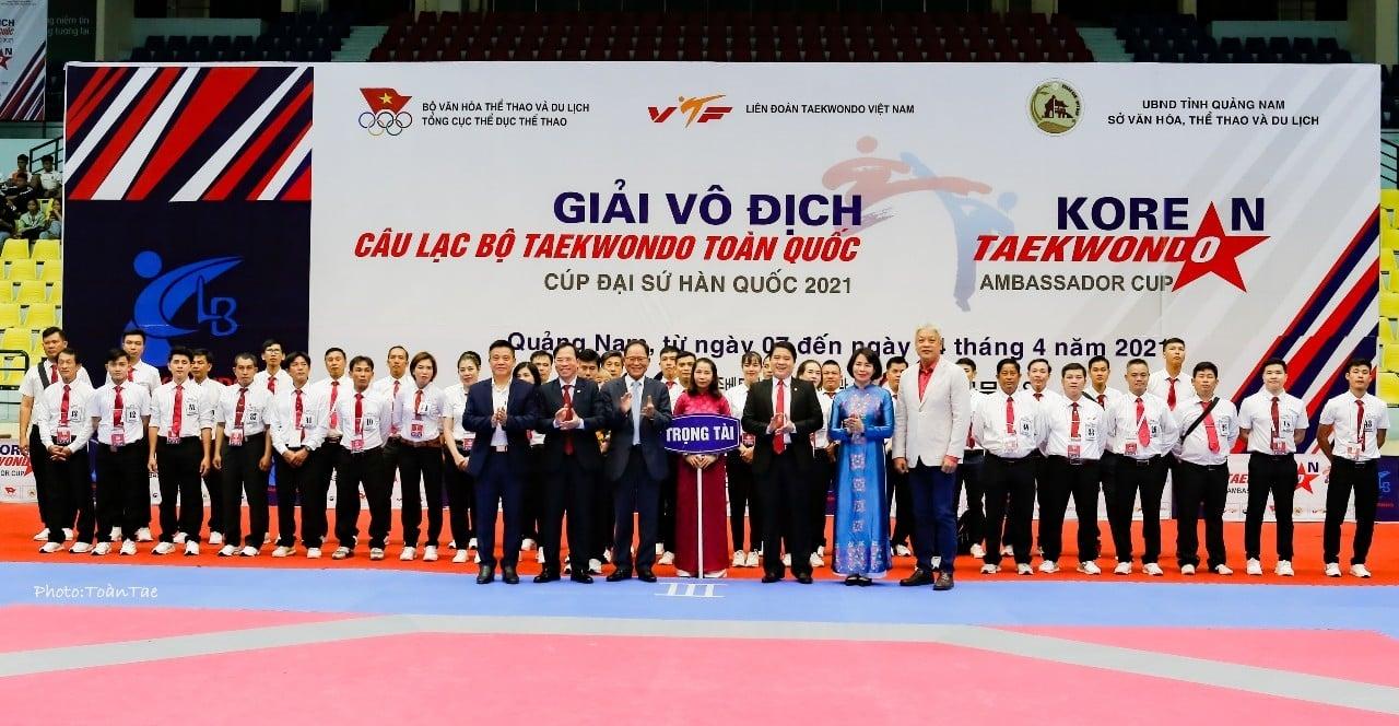Over 1,000 Taekwondo artists compete in Korean Ambassador Cup