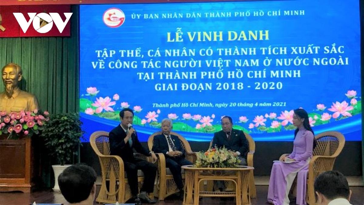 Overseas Vietnamese a friendship bridge between Vietnam and the world