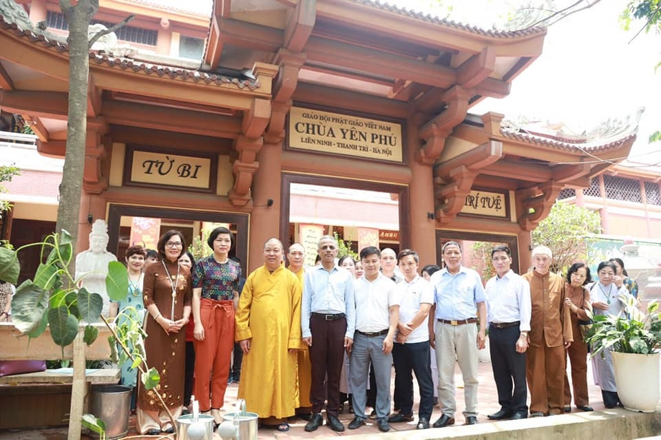 Hanoi plants Bodhi tree, symbol of Vietnam-India friendship