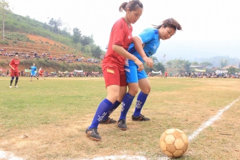 Shaking off social norms with women's football tournament