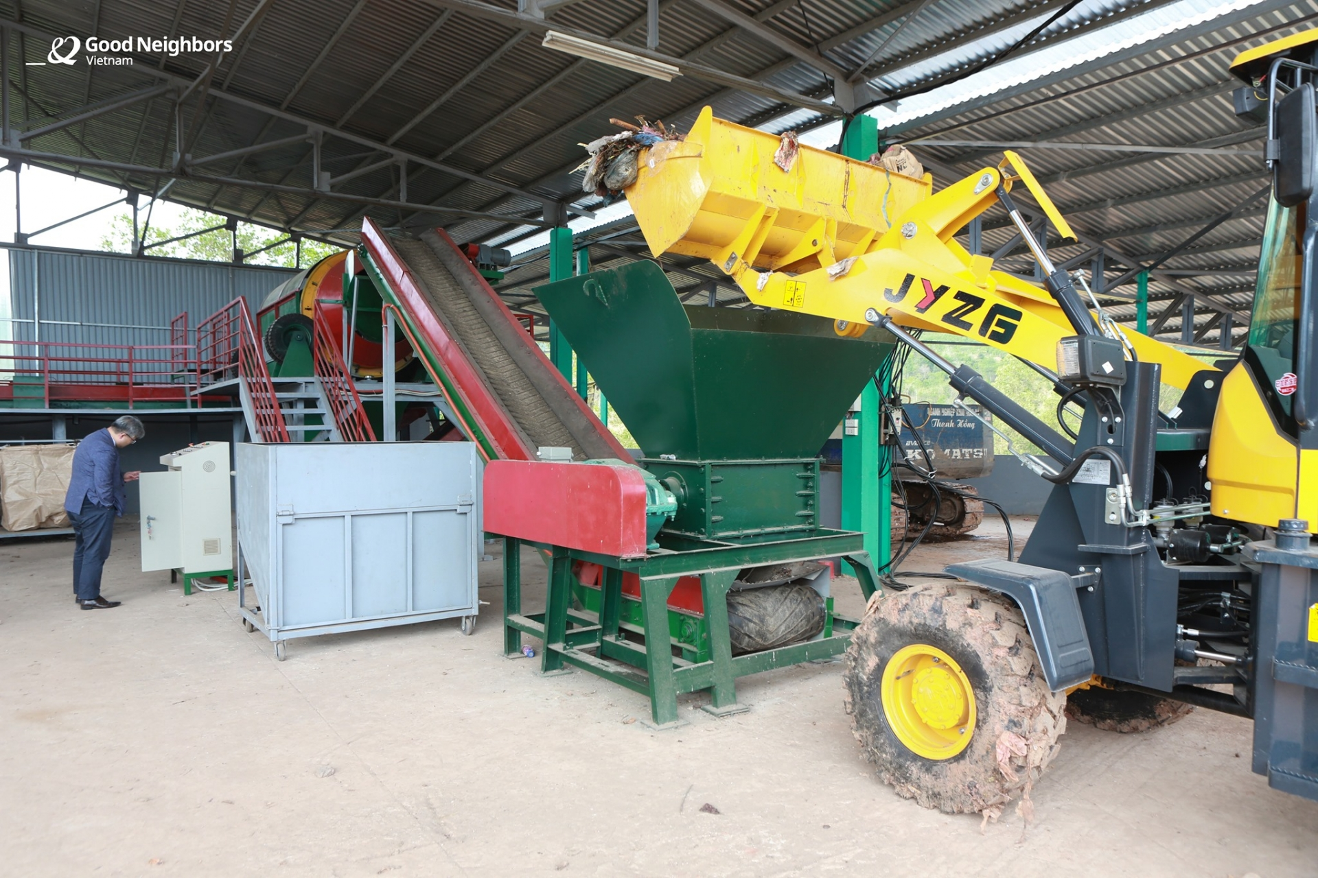 GNI hands over to Mai Chau (Hoa Binh province) waste treatment system