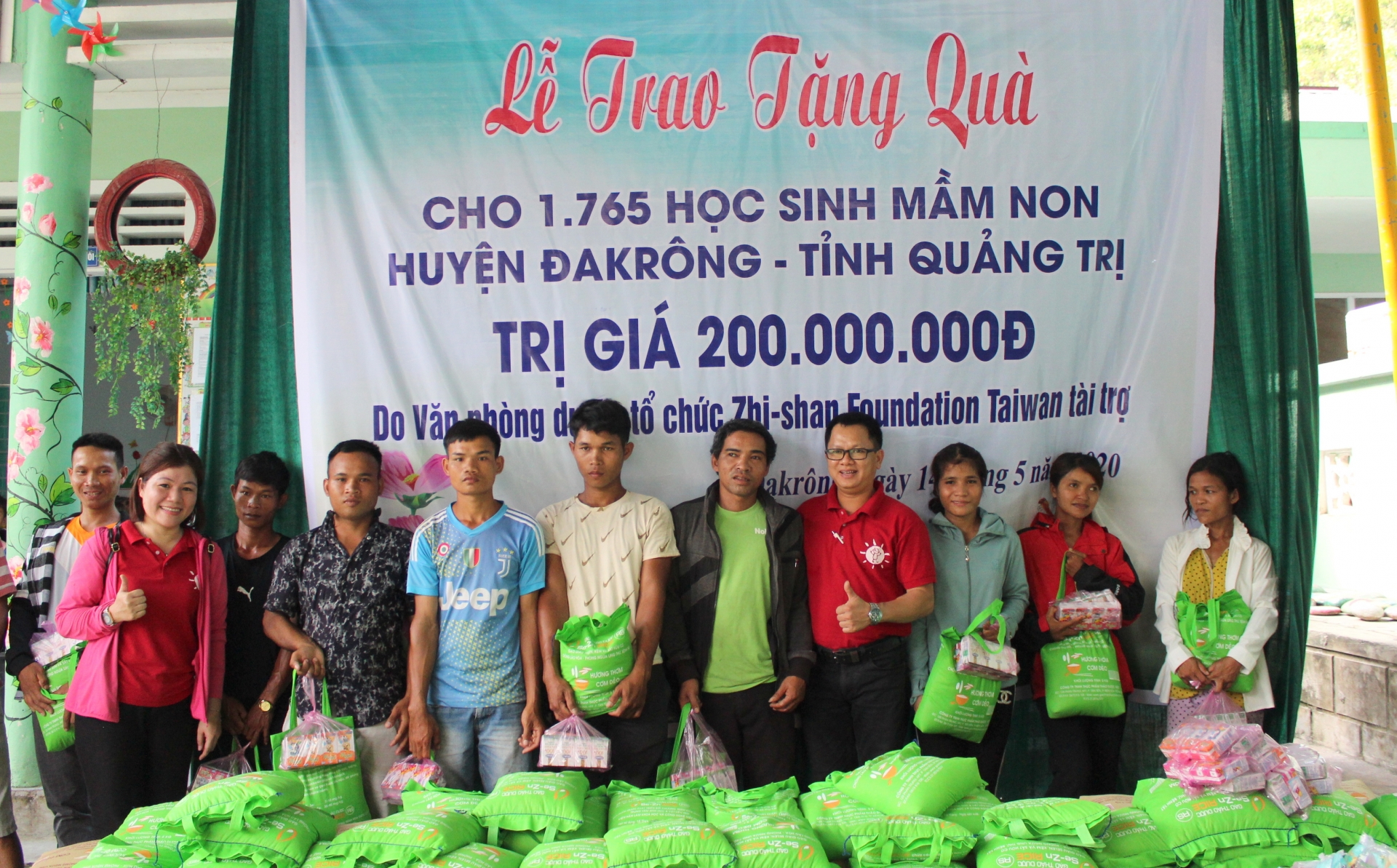 more gifts from zhishan foundation to needy people amid covid 19