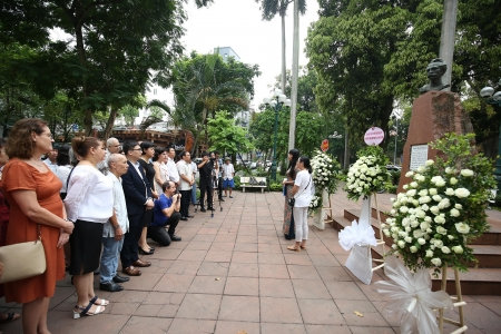 Cuban national hero Jose Marti commemorated in Hanoi
