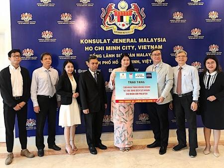 HUFO donates 7.500 face masks for Malaysia