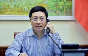 top diplomats of vietnam russia talk strengthening bilateral cooperation