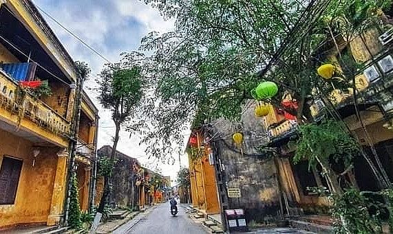Empty streets of Hoi An after COVID-19 new cases detected