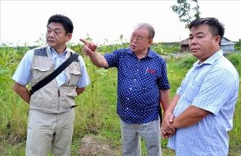 Japan confers Order of the Rising Sun decoration to Vietnamese professor