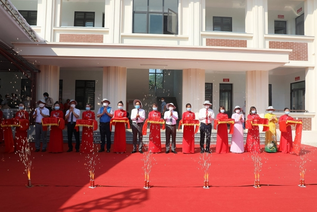 KOICA inaugurates first modern medical center in mountainous region of Vietnam