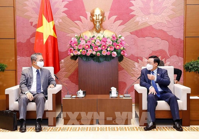 Vietnam hopes to receive Covid-19 vaccine technology from Japan