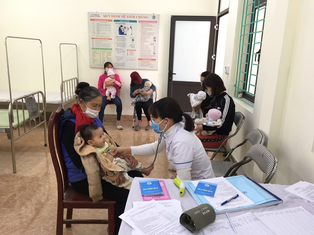Japan helps renovate medical station in Hung Yen
